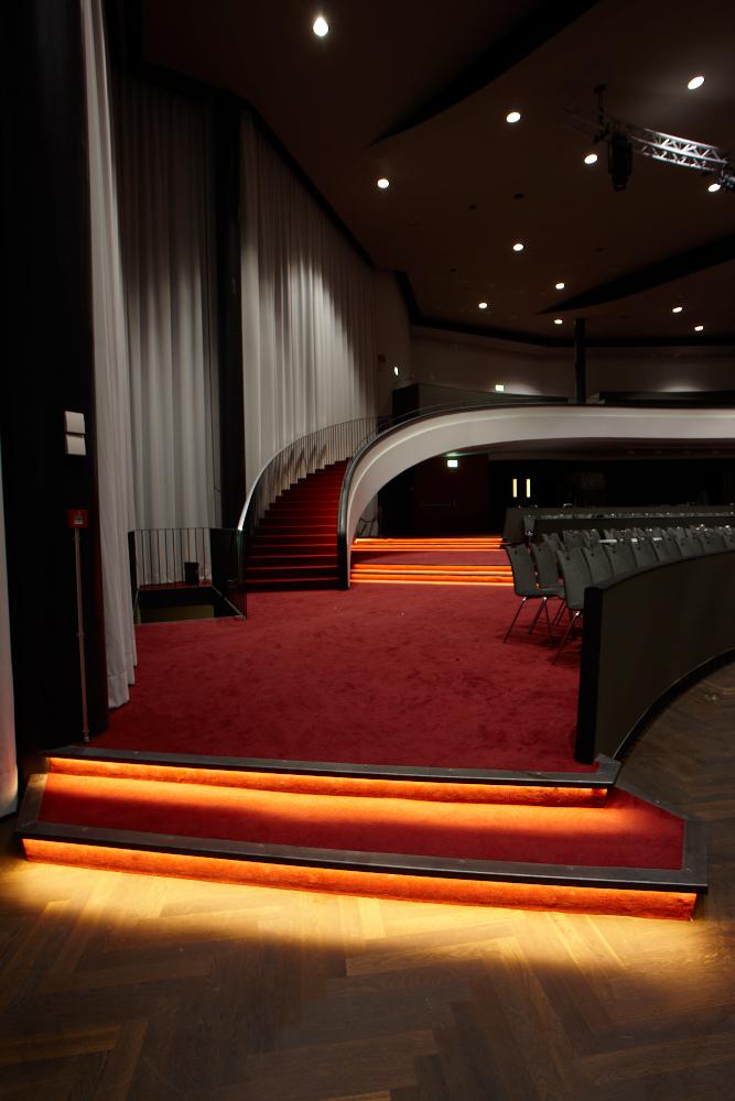 Kursaal Bern LED Treppen